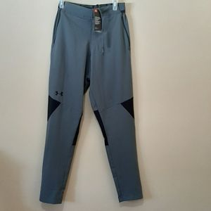 NWT S/M Under Armour Pants